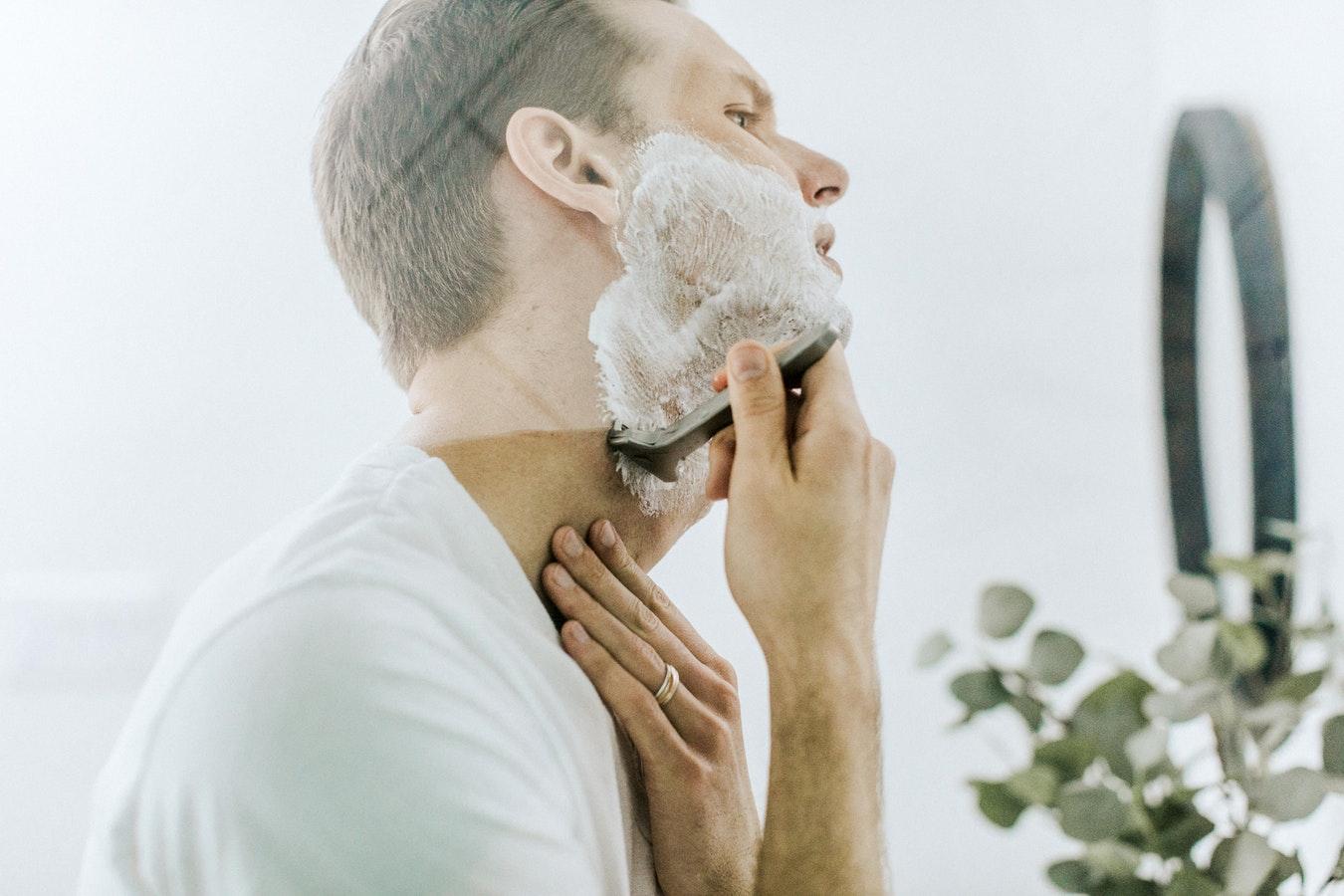 På udkig efter en barbermaskine eller et febertermometer til hjemmet? Så besøg Av-Cables.dk